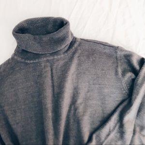 Sag Harbor Grey Turtleneck Sweater